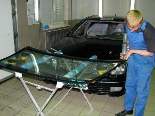 Заміна лобового скла автомобіля 4-sola